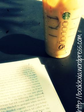 reading, starbucks, books, coffee, 10 steps to starting a book club, reading at starbucks